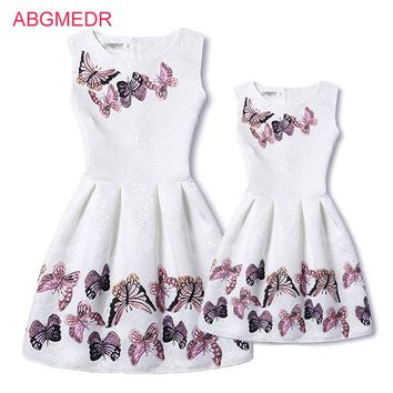Mother Daughter Dresses 2017 New Girls Vintage Printed Spring Dress Family Matching Dress Mother Daughter Clothes Mae e Filha