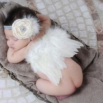 DCCKWQA Newborn Baby Girl Boy Beige Feather Angel Wing + Flower Headband Photography Props