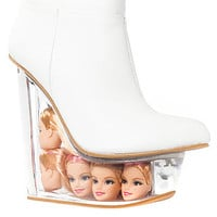 The Icy Shoe in White Leather and Doll Heads