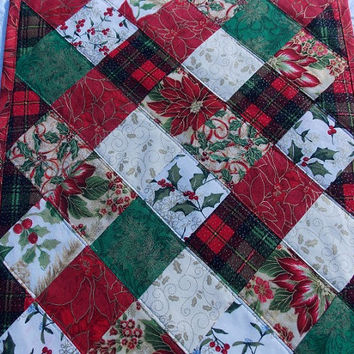 Christmas Squares Table Runner Quilt