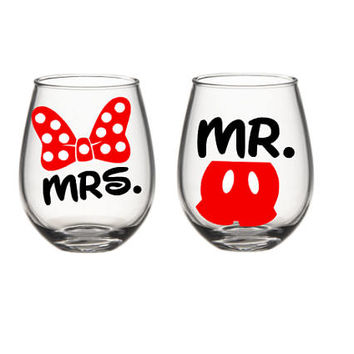 Disney Wine Glass Set, His And Her Mr. And Mrs. Wine Glasses, Disney Wine Glass, Mickey Minnie Wine Glass