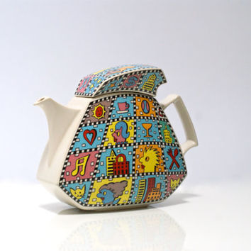 ROSENTHAL Teapot, Studio Line, Dorothy Hafner designed and signed, 'Flash Downtown' decor by 'Yang', Iconic 1980s Memphis Era Design, Pop