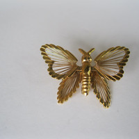 Tiny Monet Butterfly Goldtone Brooch Vintage