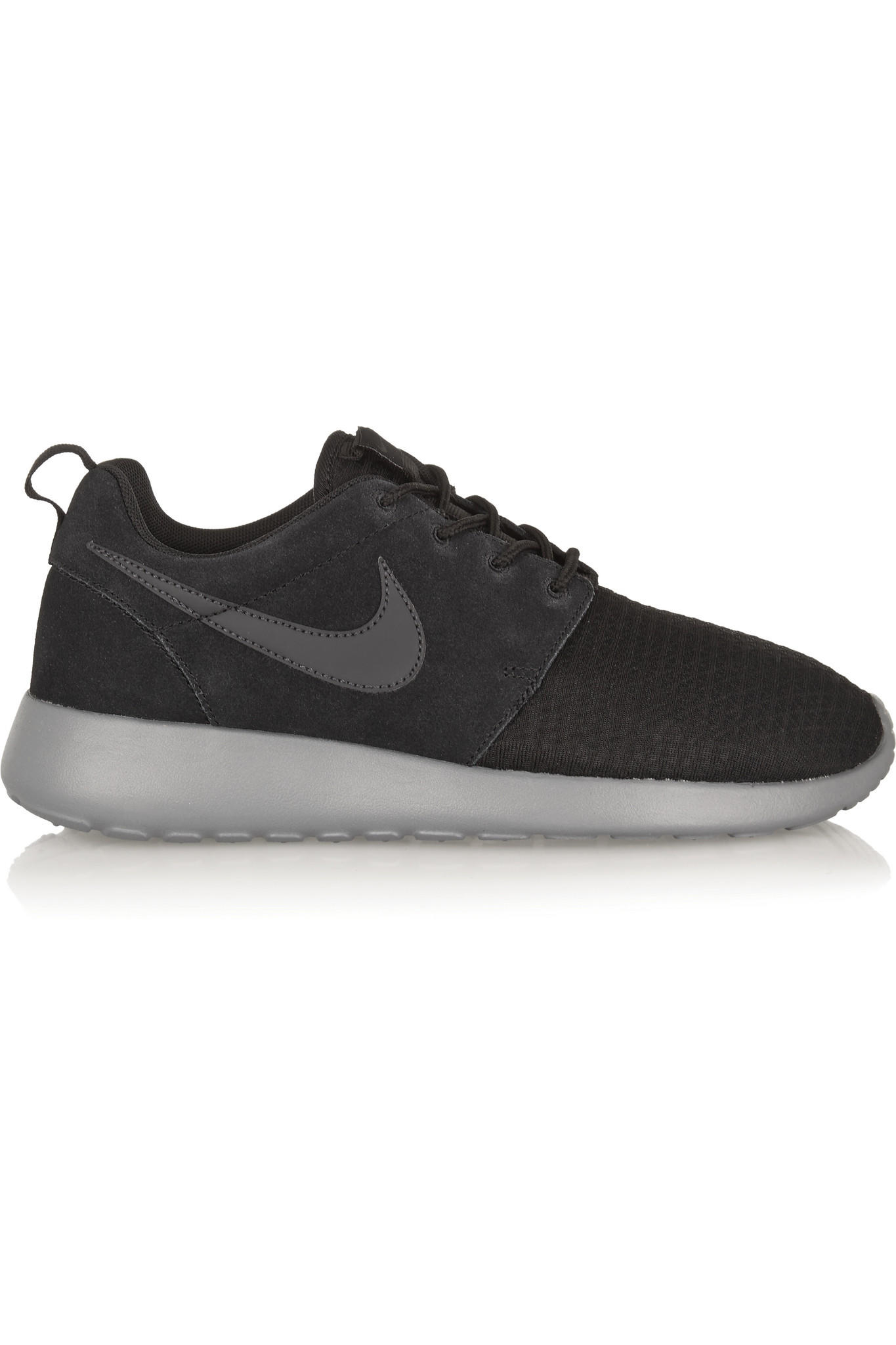 06cbd40add9b ... netherlands nike roshe run winter mesh and suede sneakers 6bc41 5cc88