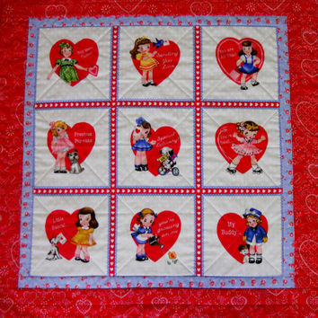 Valentine Hearts Baby Quilt Wall Hanging Table Runner Retro Vintage Style