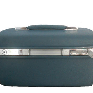 SALE Samsonite Train Case  Vintage  Blue by houseofheirlooms