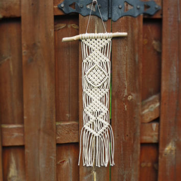Macrame wall hanging, driftwood, 3mm cotton rope, square knots, wall tapestry, home decor, wall art, handcrafted, handmade, 70s, triangle