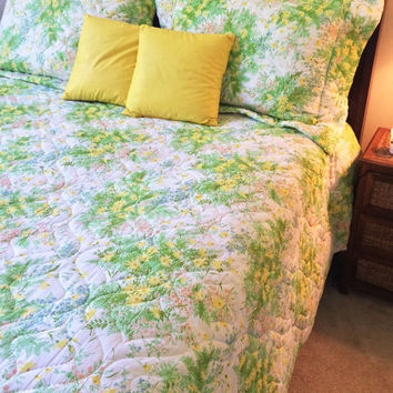 1970s Quilted Floral Bedspread  and Shams  Springmaid  Queen Size Vintage Bedding