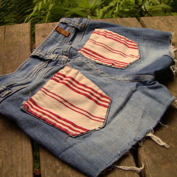 Red and White Striped Material Ripoff Jean Shorts (2080)