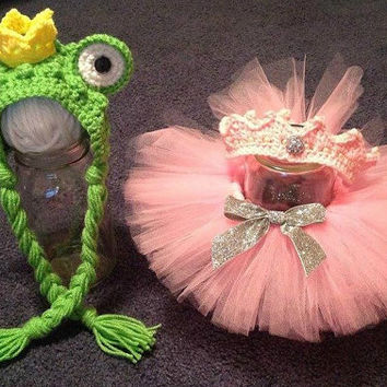 Boy Girl Twin Frog prince and princess set/Frog prince Bonnet with princess crown and Tutu/Newborn baby Photography prop