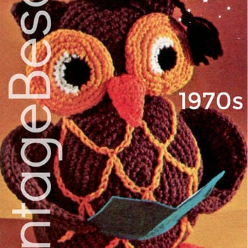 EASY to CROCHEt - PdF Pattern - OWL Crochet Pattern Vintage 1970s Stuffed TOY Owl Crochet Pattern Retro Amigurumi Bird Graduation Professor