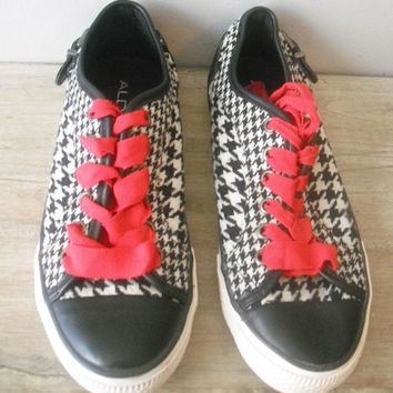 vintage Houndstooth Sneakers Flats ... ALDO Size  UK 37 6 1/2 US red white black with Buckles