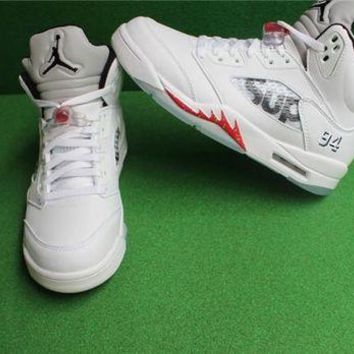DCCK AIR JORDAN 5 RETRO SUPREME 'SUPREME' WHITE Shoes