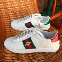 Bee Gucci:Trending Fashion Casual Sports Shoes