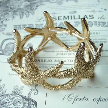 Gold Tone Starfish Adjustable Bracelet