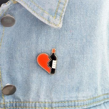 Trendy Crazy Feng 2Pcs/Set Cartoon Red Love Black Wine Bottle Alloy Oil Drops Brooches Pin For DIY Button Denim Jacket Brooch Pins Gift AT_94_13