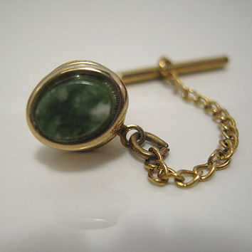 Swank Vintage Tie Tack Plastic Green Faux Gemstone Gold tone Oval Mens Formal Accessories Guys Tie Jewelry