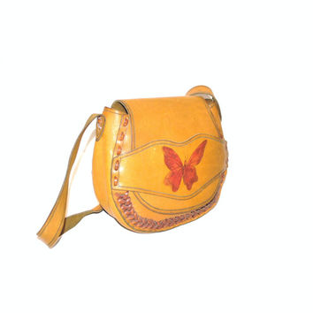 1970s BUTTERFLY saddle bag vintage 70s BOHO mid sized natural buck skin RETRO hippie messenger bag cross body purse