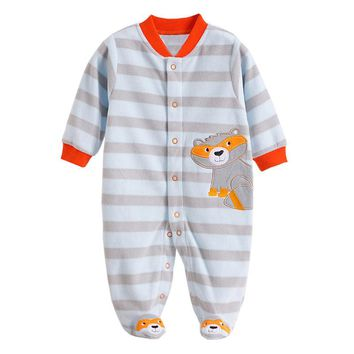 Newborn Baby Rompers Autumn Winter Package Feet Baby Clothes Polar Fleece Infant Overalls Baby Boy Girl Jumpsuits Clothing Set