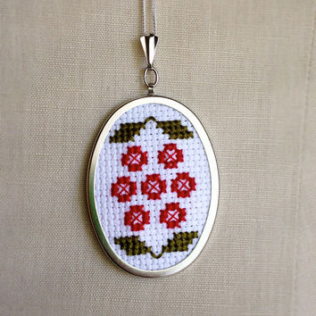 Cross Stitch Necklace Red and Green Flower Pendant Necklace or Pin Brooch
