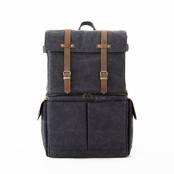 Camera Bag / Casual Daypacks / Laptop Backpack / Gray Canvas / JOURNEYMAN
