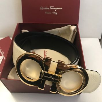 AUTHENTIC SALVATORE FERRAGAMO WHITE/BLACK REVERSE BELT WAIST 30-32 90/36