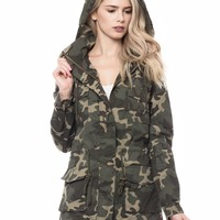 LE3NO Womens Lightweight Camo Print Utility Military Parka Jacket with Hoodie