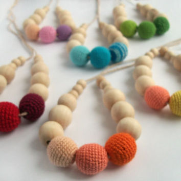 Yoga for children's fingers  Rainbow kiss Nursing Necklace /choose your color/Crochet Necklace / teether / Eco-friendly toy