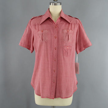 Vintage 1970s Gingham Shirt / 70s Rockabilly Shirt / Red Gingham Blouse / Western Style Ranch Wear / Size Small S Medium M