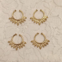Carmela Fake Septum Ring in Gold