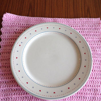Two Pink Placemats, Pink Table Mats, Pink Dinner Mats, Crocheted Placemats, Dinner Table Settings, Picnic Placemats, Pink Yarn Placemats