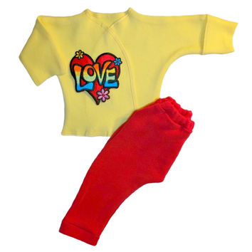 LOVE and Flowers 2 Piece Baby Girl Clothing Outfit