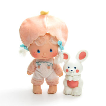 Apricot with Hopsalot Doll Vintage Strawberry Shortcake with Pet Bunny Rabbit Kenner Toys