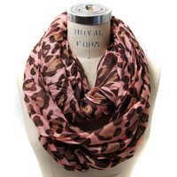 Scarfand's Leopard Infinity Scarf (Pink)