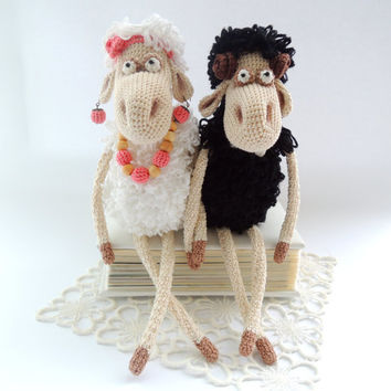 Crochet Doll Year 2015 Symbol Mr.&Mrs. Ram Sheep Cute stuffed animal Soft toy Birthday gift Christmas gift Chinese new year Wedding gift