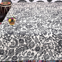White Black Kantha Quilt Bed Cover Indian Bedspread Throw Blanket, Indian Kantha Quilt Bedding Coverlet Bedspread, Paisley Bohemian Quilt