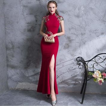 Embroidery Modern Cheongsam Red Sexy Qipao Long Traditional Chinese Dress