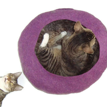 Wool Cat Bed Felted  Fleece Modern Primitive Cat Basket - Lincoln on Amethyst Heather - Supporting Small US Farms - Ready to Ship