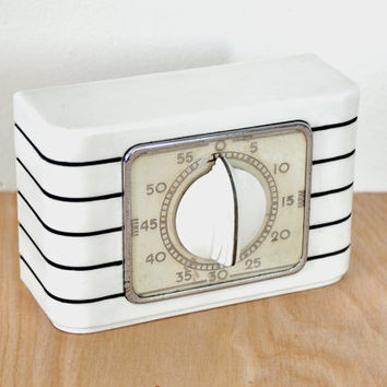 Vintage Lux Kitchen Timer , Stove Top or Counter Top Model , One-Hour , Art Deco Style , Mid-Century