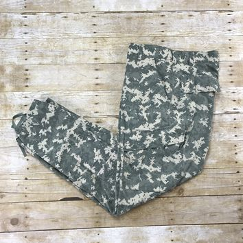 Digital Camo Desert Camouflage 8-Pocket Pants Mens Size W34 x L32