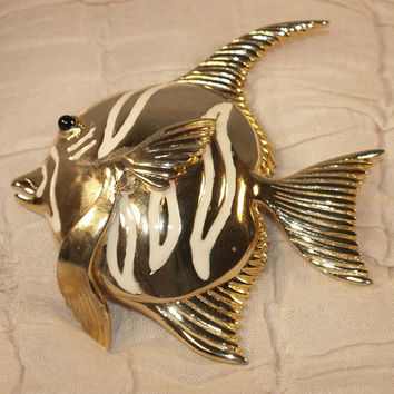 Vintage Angel Fish Pin Brooch Goldtone with White Enamel and black glass eye