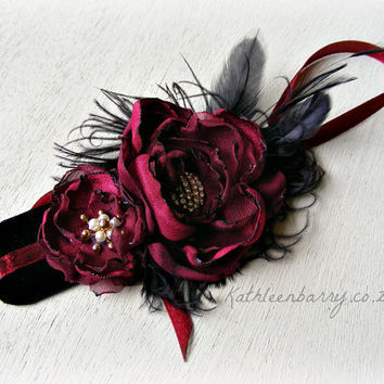 R375 - Wrist corsage - Prom or Bridesmaids - various colours can be specified