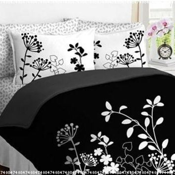 Black White Flower Girls TWIN Comforter Set Bed in a Bag Set:Amazon:Home & Kitchen