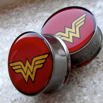 "Wonder Woman Plugs - One PAIR - Sizes 2g, 0g, 00g, 7/16"", 1/2"", 9/16"", 5/8"", 3/4"", 7/8"", 1""- Made To Order"