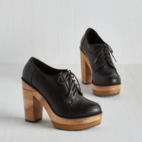 Menswear Inspired Helsinki Swank Heel in Black