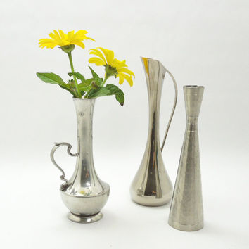 Vintage pewter or silver-plated bud vases (Lot of 3) - Cottage chic - Country wedding - Restaurant decor
