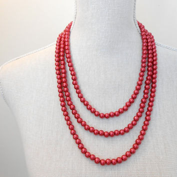 Red necklace, Red wedding, 3 strand necklace, Bridal necklace, Pearls necklace, Bridesmaid necklace, Wedding necklace, Bridesmaid jewelry