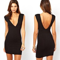 Deep V-neck Backless Hip Sleeveless Dress