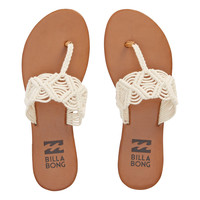 Billabong - Setting Free Sandals | Natural