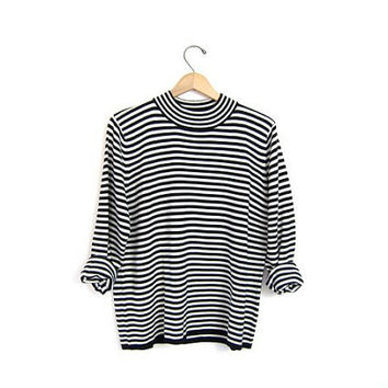 Vintage striped sweater. black & white striped sweater. cozy thin Fall sweater. striped mod boho hipster WOMENS sweater. Medium Large
